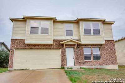 New Braunfels Rental For Rent: 658 Crosspoint Dr