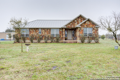 New Braunfels Single Family Home New: 2425 Oak Valley Dr
