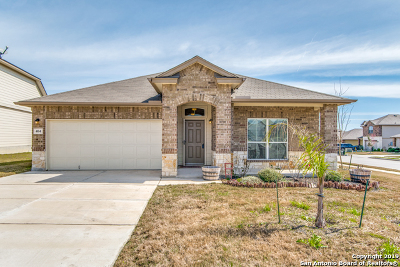 Cibolo Single Family Home New: 404 Kings Way