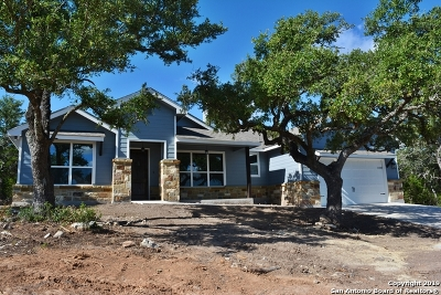 Comal County Single Family Home New: 484 Bluebonnet Breeze