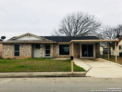 Schertz Single Family Home Active Option: 1429 Oak St