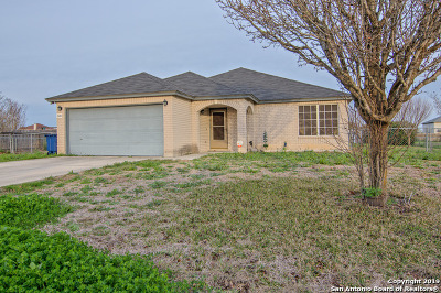 Seguin Single Family Home New: 509 Cordova Loop