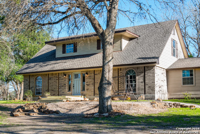 Seguin Single Family Home New: 289 Deer Slayer Dr