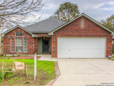 Schertz Single Family Home New: 1180 Berry Creek Dr