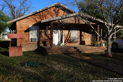 Uvalde Single Family Home New: 554 S Camp St