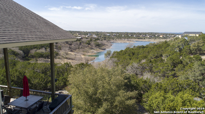 Canyon Lake Single Family Home New: 729 Riviera Dr