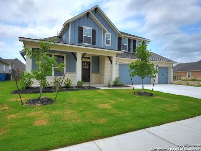 Schertz Single Family Home For Sale: 11918 Hollering Pass