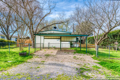 San Antonio Manufactured Home For Sale: 14211 Raven Dr