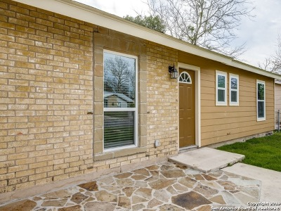 New Braunfels Single Family Home For Sale: 1520 Lorelei Ln