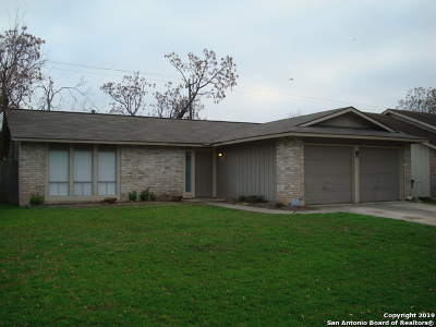 Single Family Home New: 9450 Points Edge