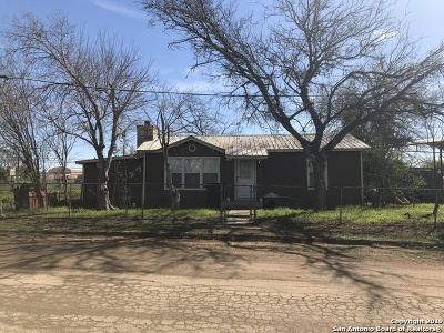 Atascosa County Single Family Home Active Option: 35 Couser St