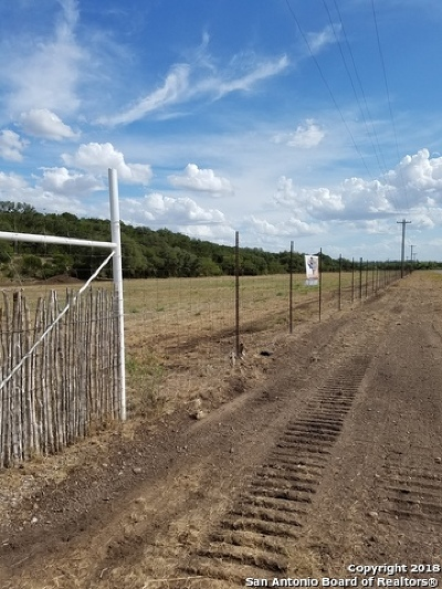 Hondo Farm & Ranch For Sale: 5740 Fm 462 N