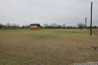 Floresville Residential Lots & Land New: 204 Gentle Breeze