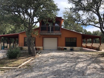 Bandera Single Family Home For Sale: 133 Buckskin Trail