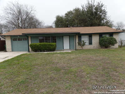 San Antonio Single Family Home New: 5847 Castle Brook Dr