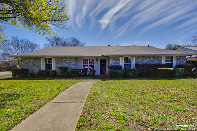 New Braunfels Single Family Home Back on Market: 803 Sunshadow Dr