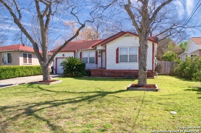 New Braunfels Single Family Home For Sale: 1475 Stonewall St
