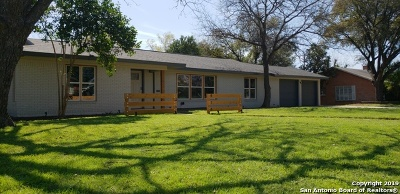 San Antonio Single Family Home New: 414 Williamsburg Pl