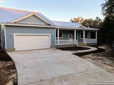 Spring Branch Single Family Home For Sale: 1715 Cypress Pass Rd
