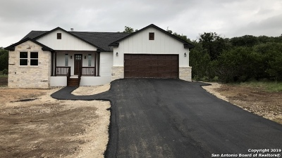 Canyon Lake Single Family Home For Sale: 1200 Primrose Path