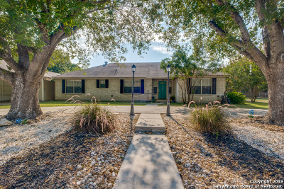 Hondo Single Family Home For Sale: 2703 Avenue P