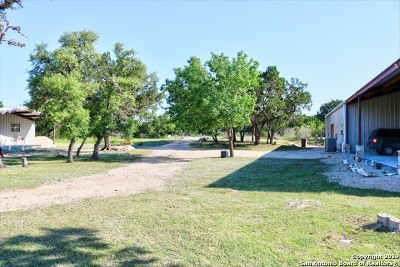 Bandera County Single Family Home For Sale: 488 Windmill Dr