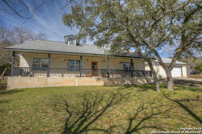 Boerne Single Family Home Active Option: 216 Saddle Mountain Dr