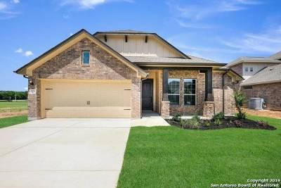 Schertz Single Family Home For Sale: 2032 Market Trl