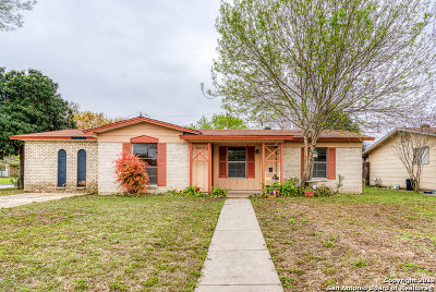 Kirby Single Family Home For Sale: 5103 Cinderella St