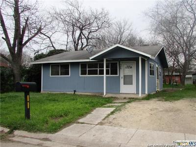 Seguin Single Family Home Active Option: 548 Newton Ave