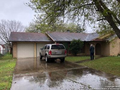 Seguin Single Family Home Back on Market: 190 Middletowne Rd