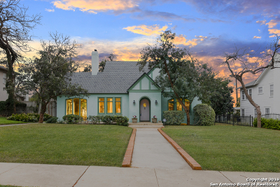 Single Family Home Active Option: 210 W Gramercy Pl