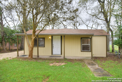 New Braunfels Single Family Home For Sale: 1545 Katy St