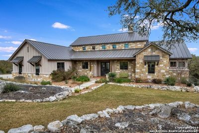 New Braunfels Single Family Home For Sale: 327 Valley Lodge
