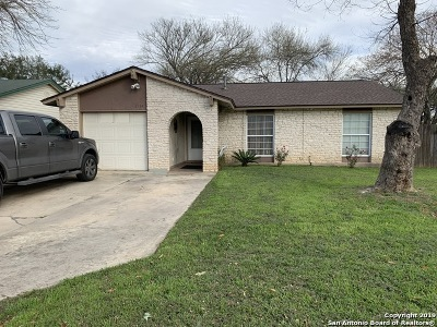 Single Family Home For Sale: 5934 Cliff Rock Dr