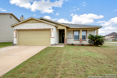 New Braunfels Single Family Home Active Option: 1439 Cap Stone Ridge