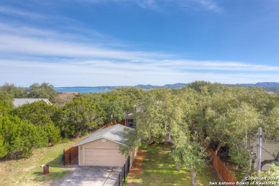 Canyon Lake Single Family Home Active Option: 1481 Riviera Dr