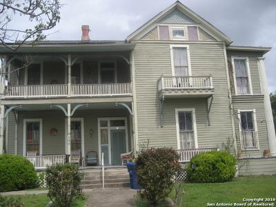 Single Family Home For Sale: 839 Dakota St