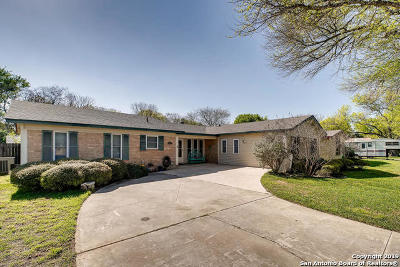 Schertz Single Family Home New: 148 Cloverleaf Dr