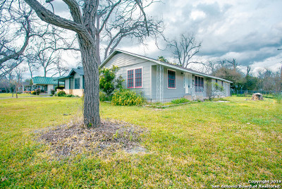Guadalupe County Single Family Home Active Option: 1002 Bauer St