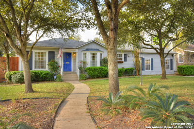 Alamo Heights Single Family Home For Sale: 216 Claywell Dr