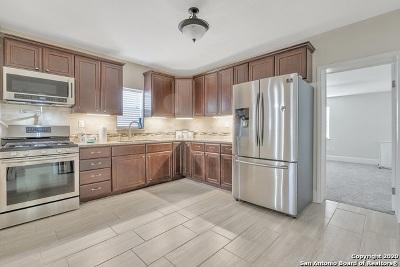 San Antonio Single Family Home New: 207 Simon