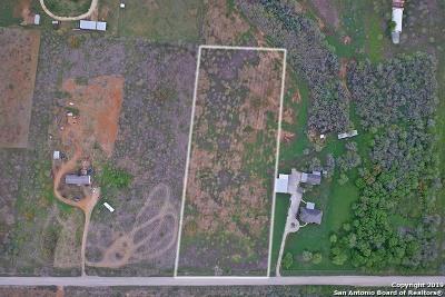 Jourdanton Residential Lots & Land New: Cr 300