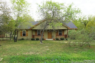 San Antonio Single Family Home Active Option: 935 Spur Ridge