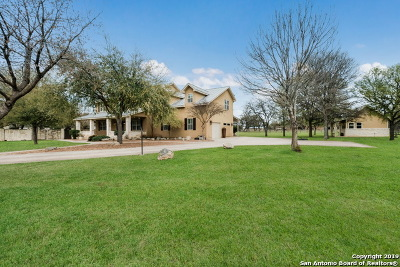 Fair Oaks Ranch Single Family Home For Sale: 30820 Robin Dale Dr