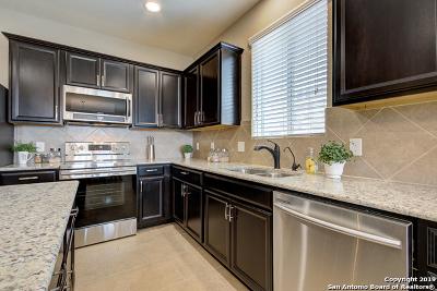 Selma Single Family Home New: 146 Hidden Knoll