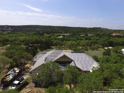 Canyon Lake Single Family Home For Sale: 2763 Comal Springs
