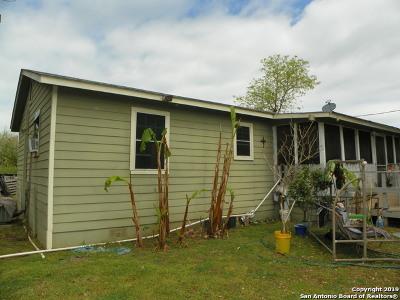 Elmendorf Single Family Home For Sale: 213 E 4th St