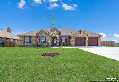 Guadalupe County Single Family Home New: 1519 Prairie Pass