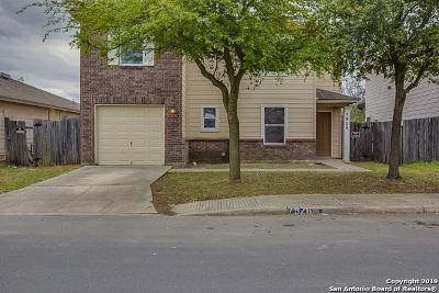 San Antonio Single Family Home New: 7926 Meadow Way Ct